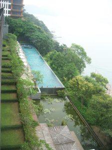 สระว่ายน้ำกลางแจ้งใน Lalu, Taiwan