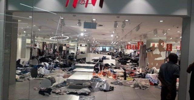 H&M ขอโทษ กรณีดราม่าเหยียดผิว